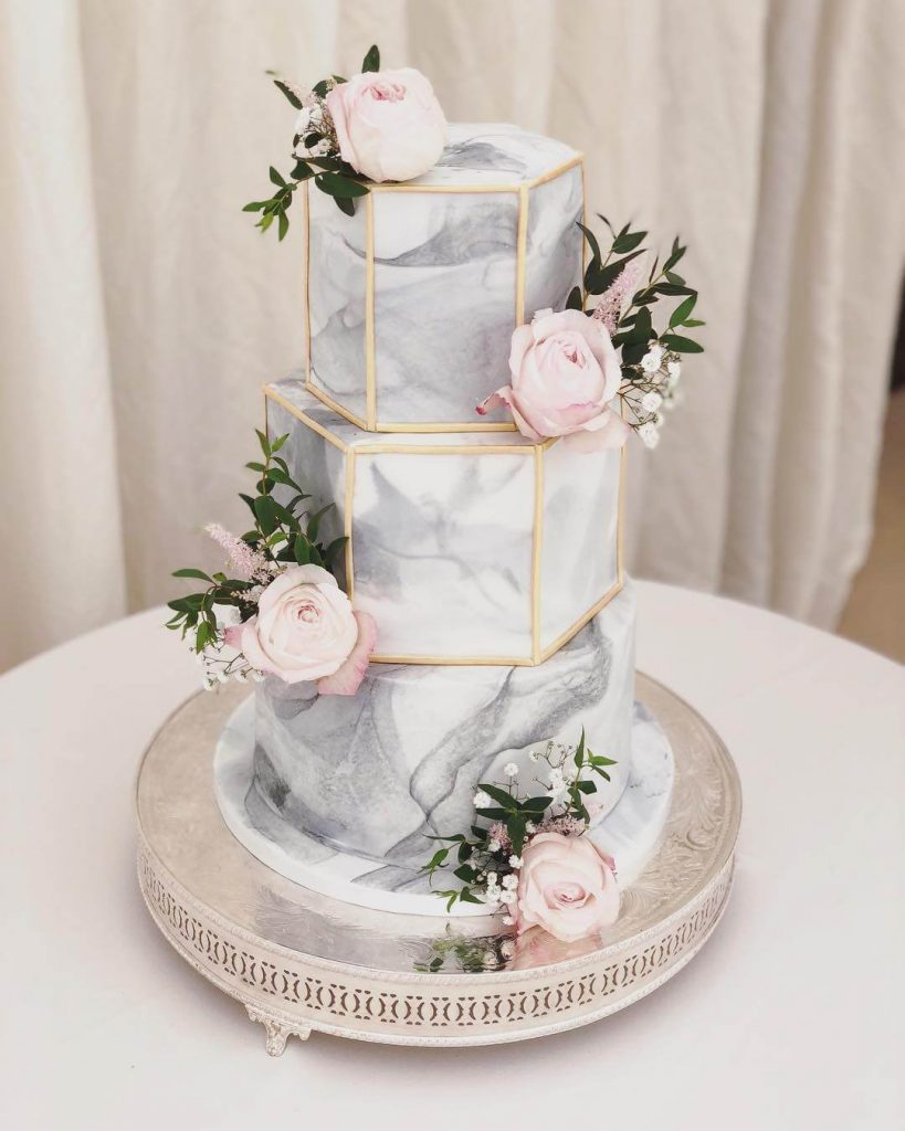 Romantic Marble Wedding Cake