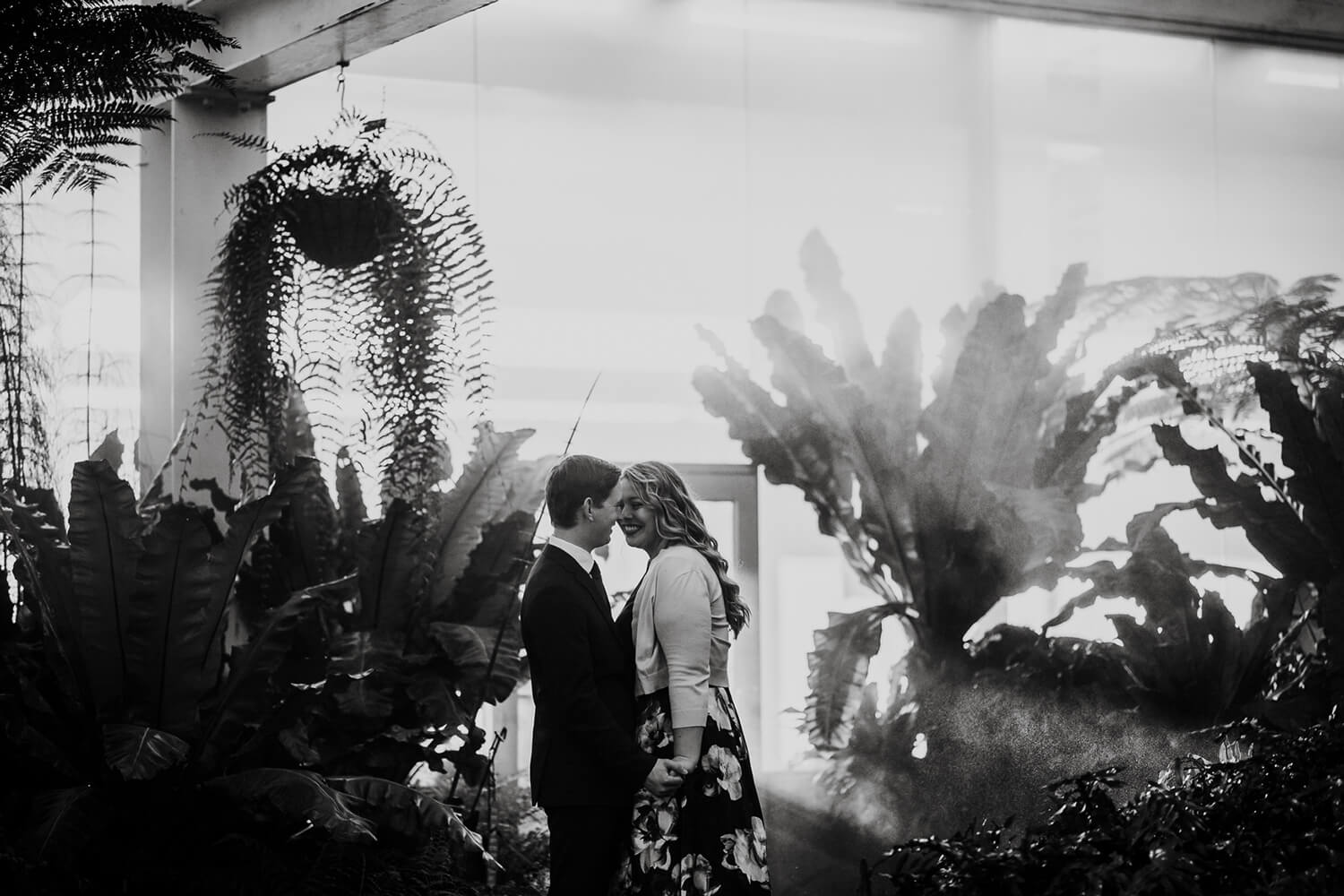 Como Park Conservatory Engagement Session