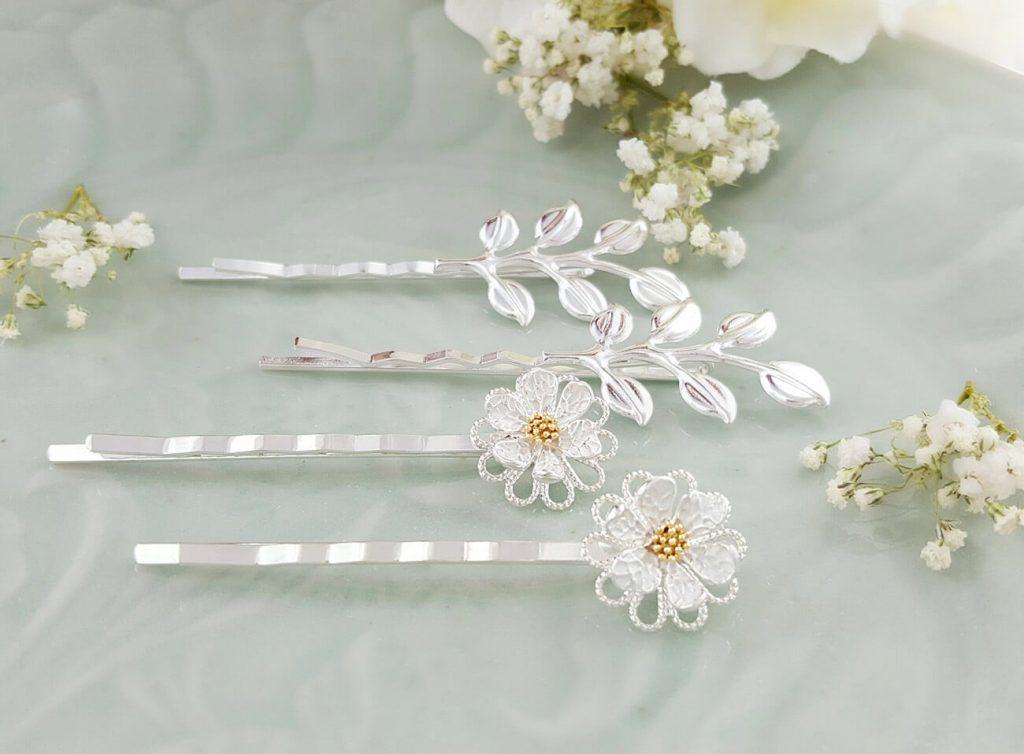 Glam Daisy Hair Pins