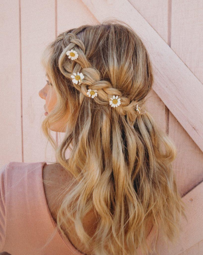 Daisy Wedding Hair Idea