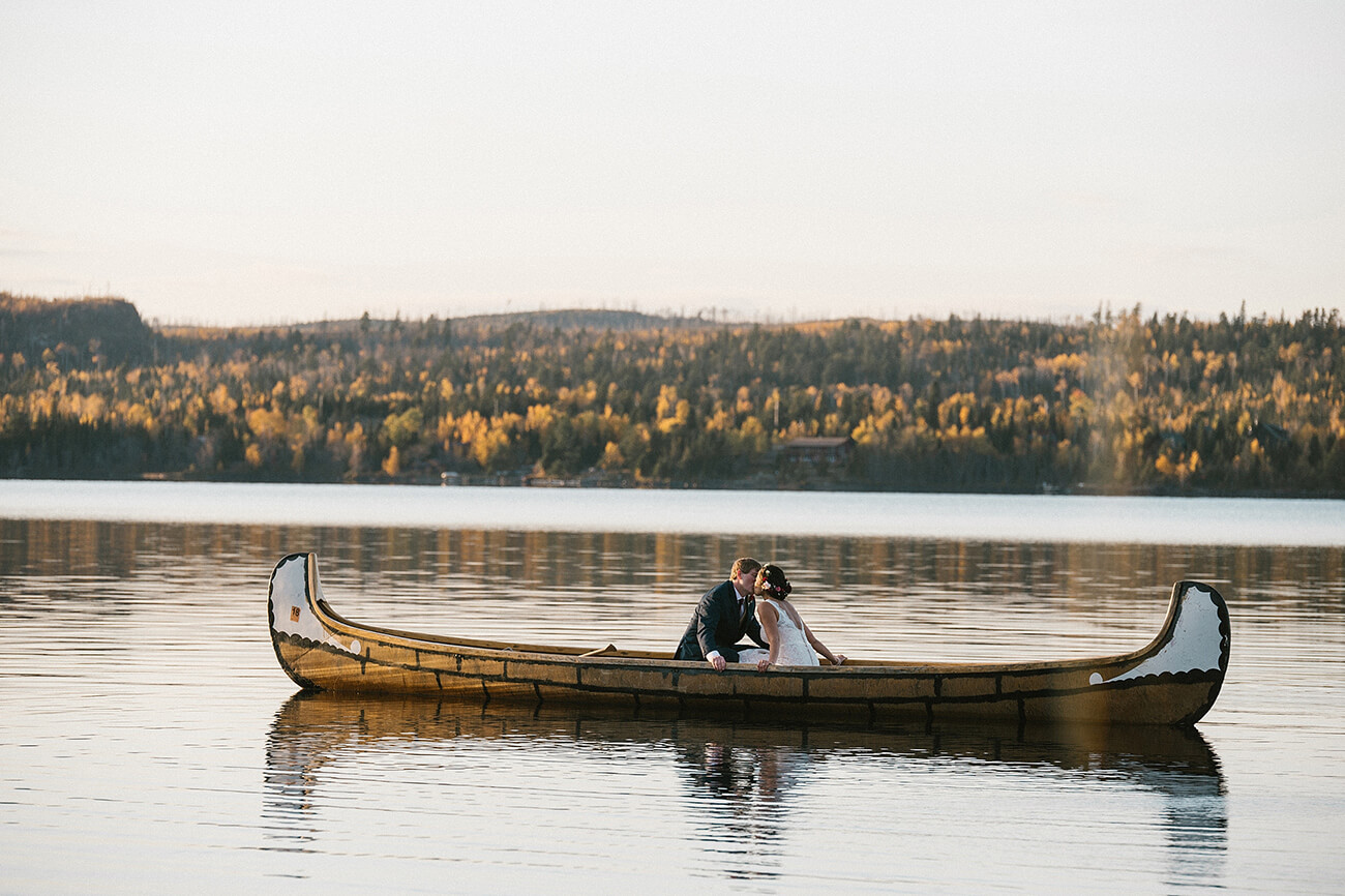 Gunflint Lodge - a canoe wedding!