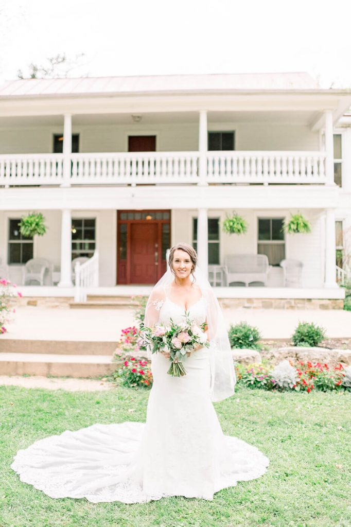 bride at sugarland barn