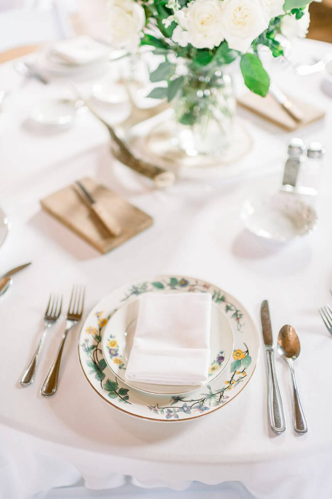 rustic chic wedding placesetting