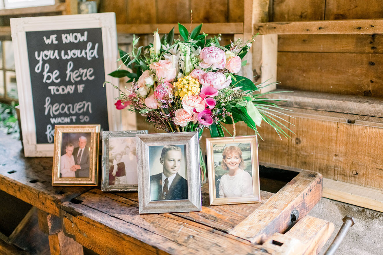 wedding decor to honor passed loved ones